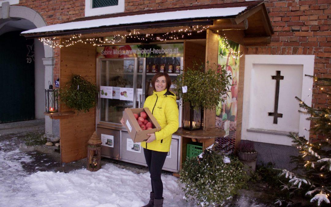 Weihnachtseinkauf am Biohof